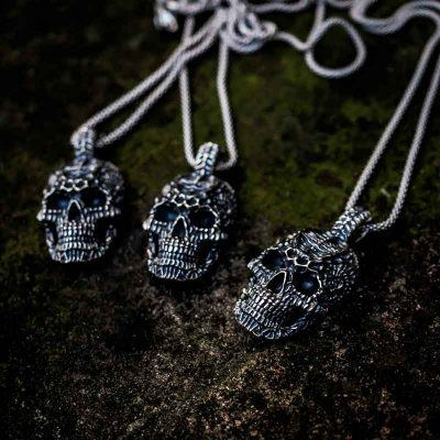 Xeno Skull Pendant in Sterling Silver - Feel No Pain 925 Jewels