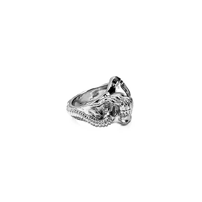 Mask Ring inspired by Mad Max in Silver 925 on white background - Side view 2