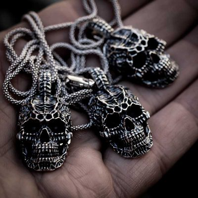 Xeno Skull Pendant in Sterling Silver on the palm of the hand - Feel No Pain 925 Jewels
